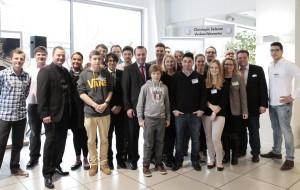 Das JU-Helferteam mit Gastredner Manfred Weber und Familie Bauer